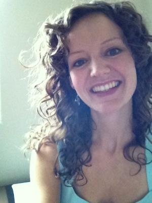 Lauren-Zinn-headshot_300_yoga